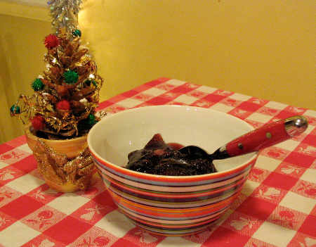 boing old bowl of Jell-O, with Xmas tree