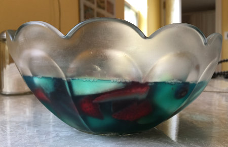 side view of finished Jell-O dish in glass bowl